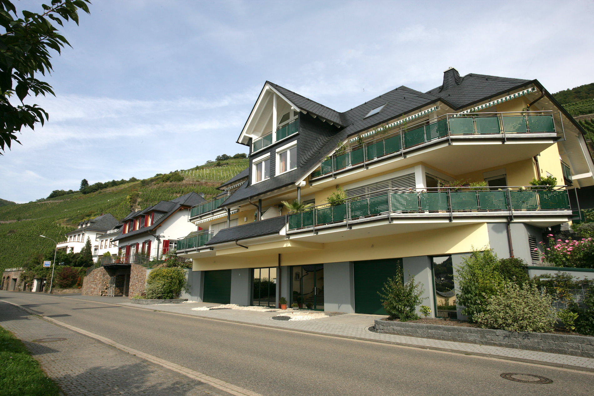 4 Familienwohnhaus Zell Mosel